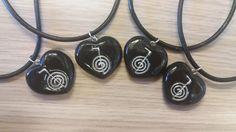 Ciondolo a cuore con simbolo Reiki Choku Rei
