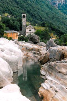 Lavertezzo, Valle Verzasca: Ticino Switzerland