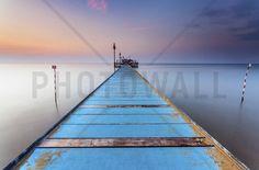 Blue Wooden Pier - Bilder auf Leinwand - Photowall
