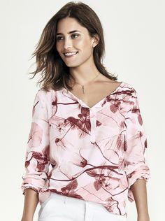 Camisa Feminina Em Viscose Estampada Com Regulagem De Mangas | Camisas | Feminino | Hering