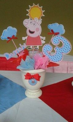 Pig Birthday, Birthday Parties, Pig Party, Peppa Pig, Party Planning, First Birthdays, Centerpieces, Party Ideas, Kids