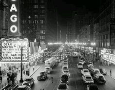 1953 Night Scene of Chicago, State Street with Traffic and Movie Marquee with Pedestrians--Photographic Print Chicago At Night, Chicago City, Chicago Illinois, Chicago Street, Chicago Travel, Chicago Bears, Rodrigo Sanchez, My Kind Of Town, State Street
