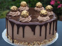 Ferrero Rocher and Nutella Cheesecake Cake - Baking Heaven Nutella Cheesecake, Nutella Cake, Cheesecake Cake, Nutella Frosting, Ferro Rocher Cake, Torta Ferrero Rocher, Cupcakes, Cupcake Cakes, Patterned Cake