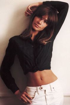 Françoise Hardy // fashion icon // style idol // iconic women // 1960s // 60s // crop top // brunette // bangs