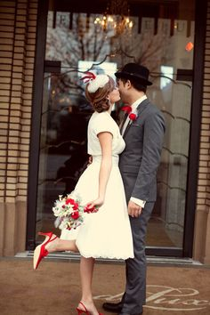 Winter Retro Wedding    #Vintage #Bride #Groom #Pinup #Rockabilly #Retro #White #Bridal #Gown #Dress #Old #Fashioned #Suit #Bowler #Flowers #Red #Heels #Stockings #Legs #Hair #Makeup