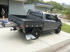 We fabricate custom aluminium trays to suit any ute. You can have the option to place an aluminium ute canopy on the tray or leave the tray open.