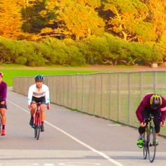Perfecting social distancing skills.  #standingstart #strengthtraining #trackbike #fixedgear Track Cycling, Bicycle, Bike, Bicycle Kick, Bicycles