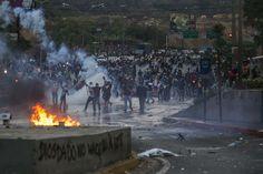 Las fotos de Venezuela que recorren el mundo #21A http://www.lapatilla.com/site/2014/04/21/las-fotos-de-venezuela-que-recorren-el-mundo-21a/