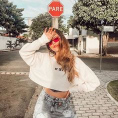 8 Attentive Clever Hacks: Fashion Tips Outfits Plus Size fashion hacks Background fashion trends ready to wear. Model Poses Photography, Pixel Photography, Photography Business, Photography Tutorials, Wedding Photography, Cute Poses For Pictures, Poses For Photos, Best Photo Poses, Picture Poses