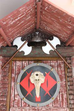 Classe dels Vikings. Escola El Far d'Empordà. Bottle Opener, Barware, Home, Classroom, Ad Home, Homes, Haus, Tumbler, Houses