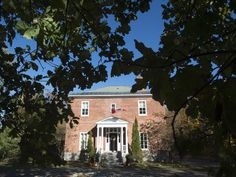 Trudeaus to call 22-room Rideau Cottage home while deciding on whether to move into 24 Sussex  (National Post 26 October 2015)