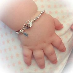 Create this baby feet ring with your choice of birthstone and engraving .The best gift for mom/new mom. Baby Jewelry, Kids Jewelry, Cute Jewelry, Gold Jewelry, Jewellery, Baby Bling, Baby Schmuck, Stylish Jewelry, Fashion Jewelry