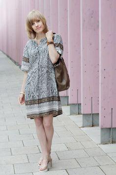 Safari-Look: Mehr Bilder und alle Infos zum Outfit auf http://www.miss-annie.de/safari-look/ #ootd #fashionblogger #germanblogger