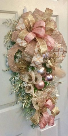 100 Shabby Chic Christmas Decors That Celebrates Your Love for All Things Vintage & Pastel - Hike n Dip Vintage Pink Christmas, Shabby Chic Christmas Decorations, White Christmas Ornaments, Pink Christmas Tree, Christmas Lanterns, Christmas Swags, Christmas Crafts, Rustic Christmas, Xmas