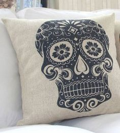 Feliz Dia de los Muertos! Spice up your home decor with this Mexican Sugar Skull Pillow Sham! Measures 18 x 18 inches. *Please note that this is for a pill