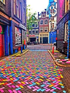 An ocean of colors on the Streets of Amsterdam. #worldtraveler