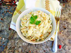 Blog de cuina de la dolorss: Tallarines con salsa de huevo y almendras