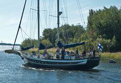 Raahen fiia Sailing Ships, Arcade, Boats, Chips, Album, Sailboats, Boating, Potato Chip, Ships