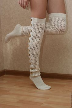 Crochet Socks Pattern, Crochet Shoes, Crochet Slippers, Cable Knit Socks, Knit Mittens, Knitting Socks, Frilly Socks, Crochet Leg Warmers, Argyle Socks