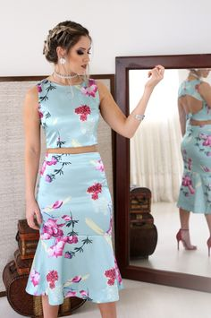 Floral Fashion, Look Fashion, Trendy Fashion, Fashion Dresses, Hot Pink Dresses, Summer Dresses, Cocktail Outfit, Looks Chic, Special Dresses