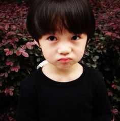 Cutie boy , He look like Luhan.