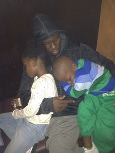Kevin Hart & his kids