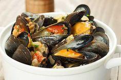 Steamed Mussels Italian-Style | (4)