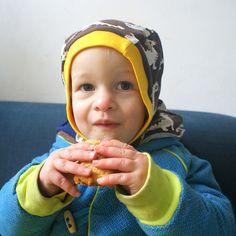 Astor eet koek by Justina Maria Louisa, via Flickr