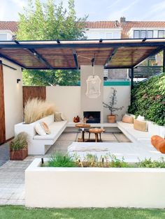 Outside Living, Outdoor Living, Outdoor Decor, Outdoor Rooms, Backyard Patio, Backyard Landscaping, Dutch Gardens, Front House Landscaping, Villa