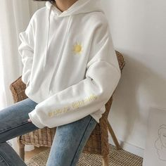 3 colors autumn and winter preppy style Moon cartoon embroidery long-sleeve pullover sweatshirt Ulzzang Fashion, Korean Fashion, Aesthetic Fashion, Aesthetic Clothes, Sweat Style, Mode Pastel, Trendy Hoodies, Comfy Hoodies, Vetement Fashion