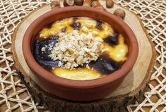 Bugün meşhur Trabzon Hamsiköy sütlacı yapıyoruz hem de gerçek Hamsiköy sütlacı. Fırında yapılan Hamsiköy sütlacının, ustasından aldığımız en doğru tarifi ile sizlerleyiz. Acai Bowl, Oatmeal, Deserts, Menu, Breakfast, Food, Recipes, Acai Berry Bowl, The Oatmeal