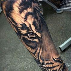 Afbeeldingsresultaat voor realistic tiger tattoo