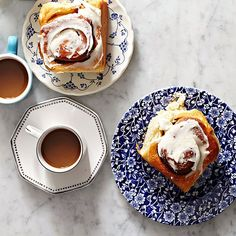 As if cinnamon rolls could get any better... Well, apparently they CAN!!