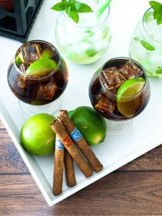 Throw the perfect Cuban Themed party with my easy tips and must haves featuring Havana Honeys cigars! Havanna Nights Party, Havanna Party, Havana Nights Party Theme, Cuban Party Theme, Party Themes, Party Ideas, Theme Ideas, Varadero Cuba, Mojito