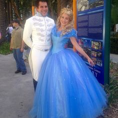 Prince Charming and Cindrella make the best couple cosplay costumes