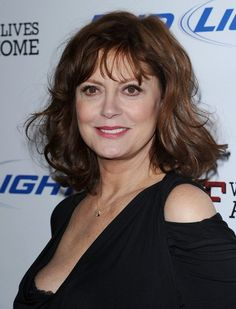 Susan Sarandon attended the premiere of 'Jeff Who Lives at Home' wearing her hair in a casual wavy 'do with wispy bang
