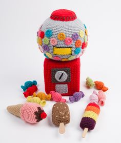 Crochet play food - sweets and ice-creams - from Le Panier de la Marchande au Crochet