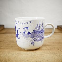 "Maritimer Kaffeebecher ""Bootshaus"" / coffee pot with maritim print by Ahoimarie via DaWanda.com"