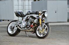 GUY MARTIN Pikes Peak Suzuki turbo (via Pin-Up Motorcycle Garage*)