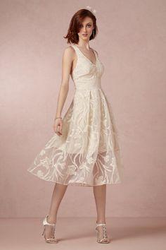 Fresh Blossoms Dress; Reception Dress #mwbridalstyle #bhldnbride