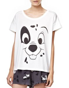 I need these jammies! Kids Nightwear, Cute Sleepwear, Pajamas All Day, Disney Pajamas, Cute Pjs, Cute Pajamas, Friends New Season, Lazy Day Outfits, Cool Outfits