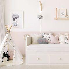 Ikea HEMNES day bed @houseofhawkes