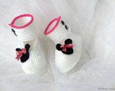 Ganchillo zapatos de bebé, niña, botines, zapatos de bebé Minnie ratón, crochet botitas de bebé, zapatos de bebé BB209 de blanco