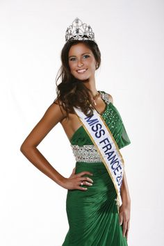 Miss France 2010 : Malika Ménard Miss France 2016, Miss Univers, Hollywood Music, Star Wars, Beauty Pageant, Celebs, Celebrities, Beauty Queens, Beauty Women