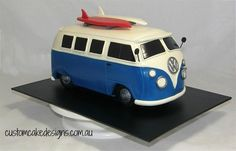 Old VW Kombi Car Cake by Custom Cake Designs