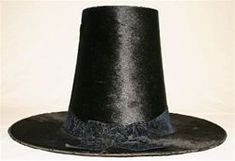 The Welsh hat has been an icon of Wales since the when it first made its appearance. Before that date, working women wore men's hats made of felt, either similar in shape to a bowler hat, or like a Welsh hat, but with a much lower crown. Welsh Lady, Welsh Words, Saint David's Day, Visit Wales, England, Bowler Hat, Men's Hats, Cymru, North Wales