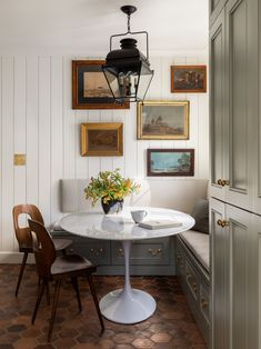 Built In Dining Nook Best Of 37 Breakfast Nook Ideas Kitchen Nook Furniture English Cottage Style, English Cottages, English Cottage Kitchens, Modern Cottage Style, English Cottage Interiors, Seattle Homes, Banquette Seating, Kitchen Booth Seating, Dining Nook