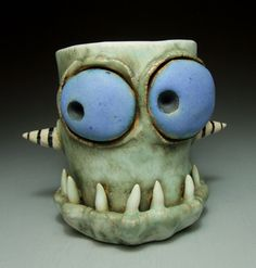 I really like these whimsical ceramic creatures by James DeRosso. Yes, they have bulging eyes and toothy grins, but they& not scary at. Clay Art Projects, Ceramics Projects, Clay Crafts, Clay Mugs, Ceramic Clay, Ceramic Pottery, Ceramic Monsters, Clay Monsters, Polymer Clay Sculptures