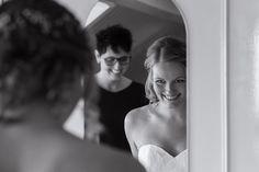 Carina Calis Fotografie | getting ready pictures, weddingphotography, bruidsfotografie
