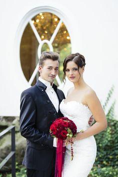 Christina & Eduard - Wedding Photographer / www.christinaedua... #WILVORST #Hochzeit #wedding #Hochzeitsmode #weddingdress #Bräutigam #groom #Hochzeitsmomente #weddingdream #Anzug #suit #SlimLine #Drop8 #Trend #echtemomente #wedtime #realmoments #wedmoments